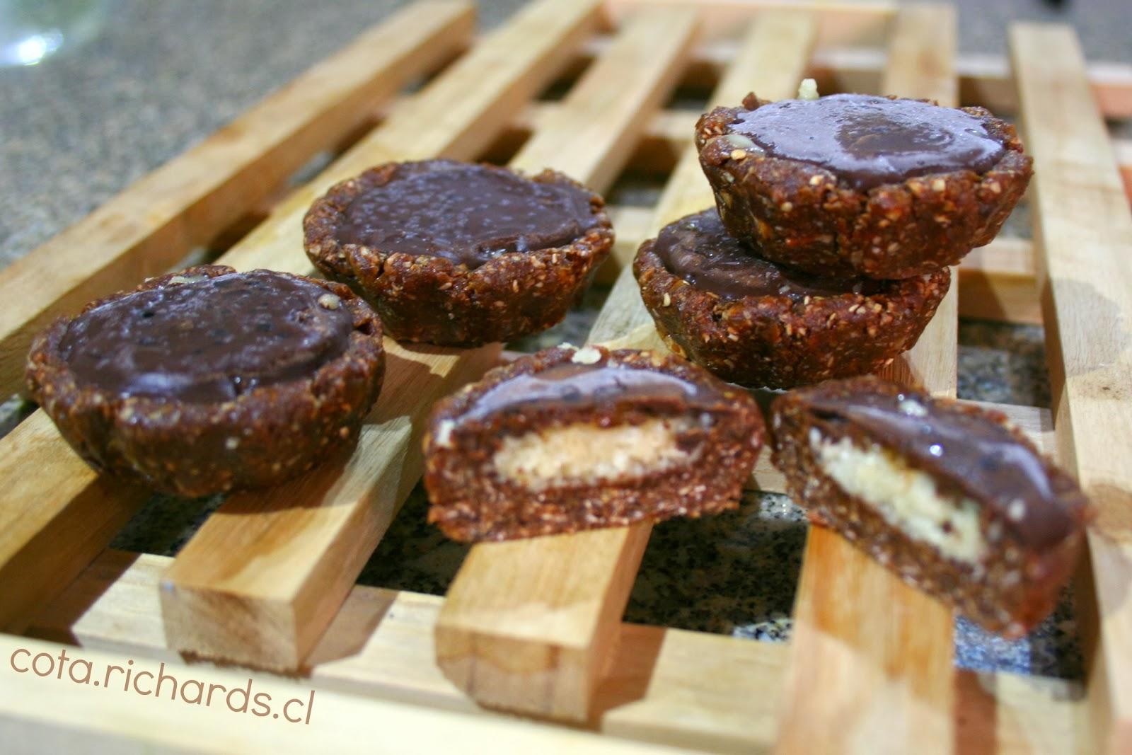 Cota Richards: [Food] Raw Cupcakes de chocolate y almendras