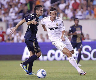 Özil during tha game against Philadelphia Union