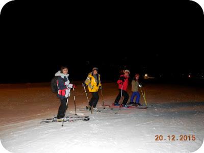 schi pe nocturna la Straja