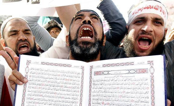 Δικαστήριο καταδίκασε σε φυλάκιση 15 χρόνων οικογένεια που ασπάστηκε τον Χριστιανισμό στην Αίγυπτο!!! (Που είναι τώρα οι αντιρατσιστές, άθεοι, αναρχοαριστερούληδες;;;)
