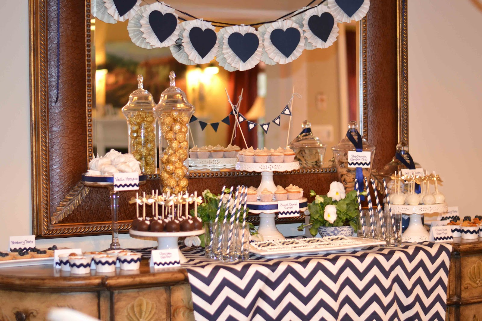 Chevron engagment party a silver nutmeg - Decoratie opgeschort wc ...