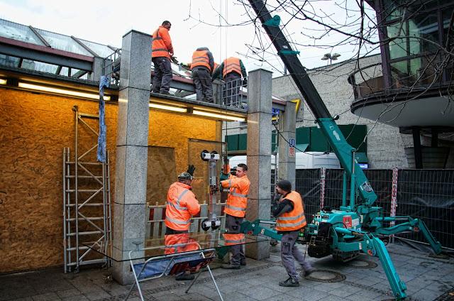 Baustelle Glasdacharbeiten, U-Bahnhof Zoologischer Garten, Hardenbergplatz, 10623 Berlin, 08.01.2014