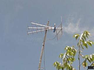 Kabel terikat sehingga tidak membebani Titis