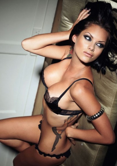Jessica Jane Clement hot