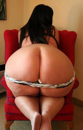 Nackt Bilder : Milf zeigt ihren fetten Popo   nackter arsch.com
