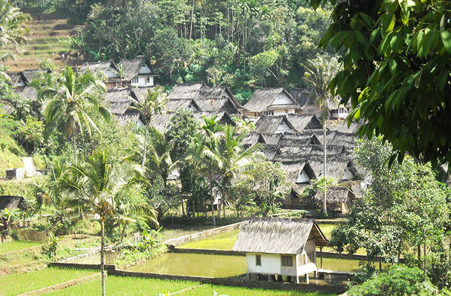 Kampung Naga Beautiful Places In Indonesia