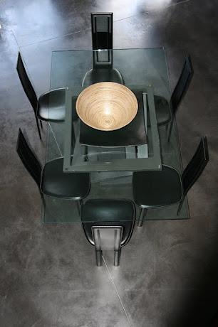 Sol réalisé en béton ciré selon les produits d'harmony béton.