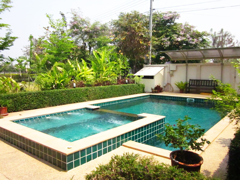 3 326 for Chiang mai house for rent swimming pool