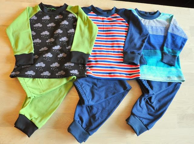 hjemmesyet børnetøj nattøj