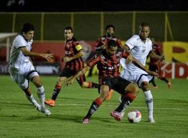 Vitória goleia o Bragantino no Barradão