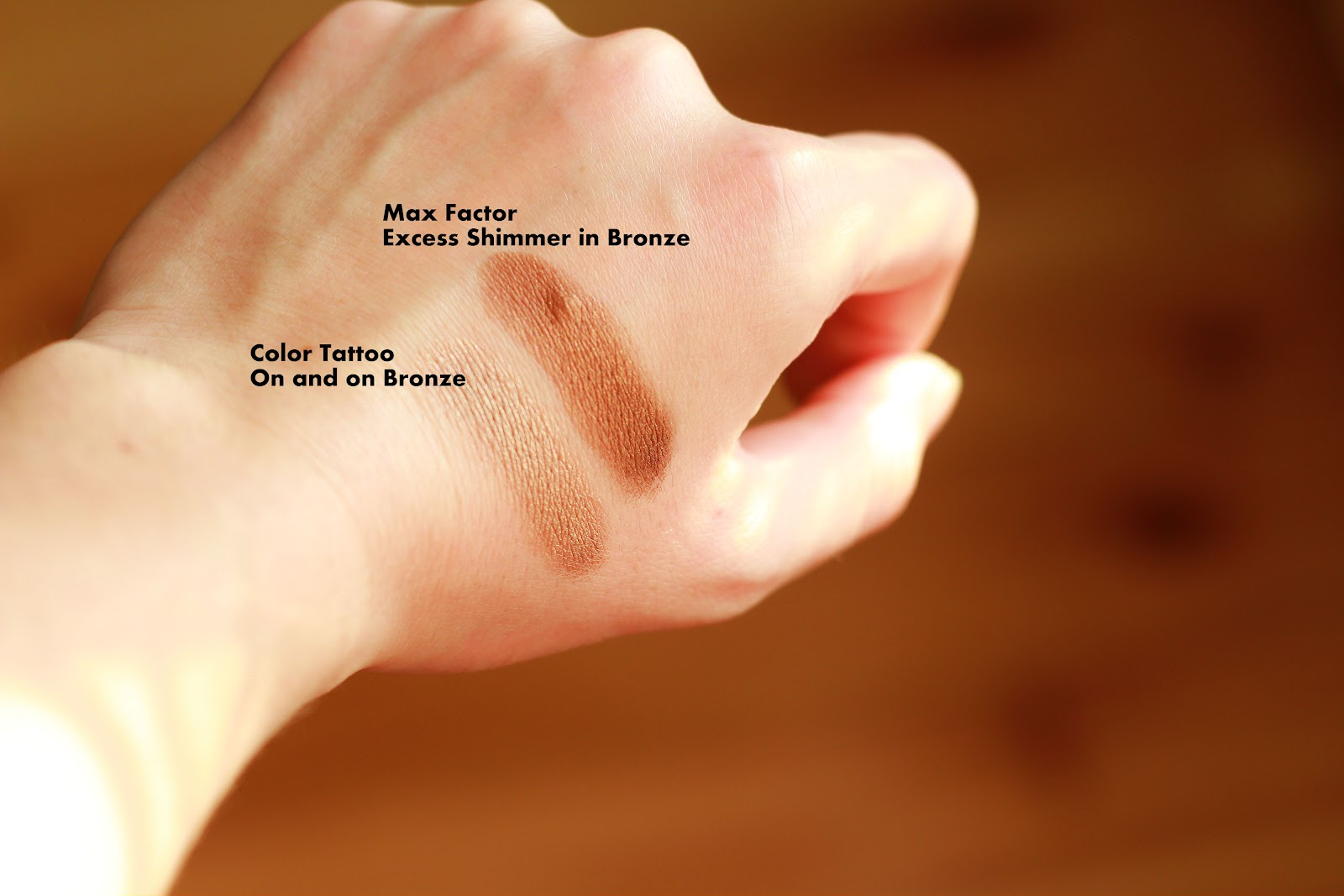 Color Tattoo 35 On and on Bronze, Max Factor Excess Shimmer in Bronze, swatches