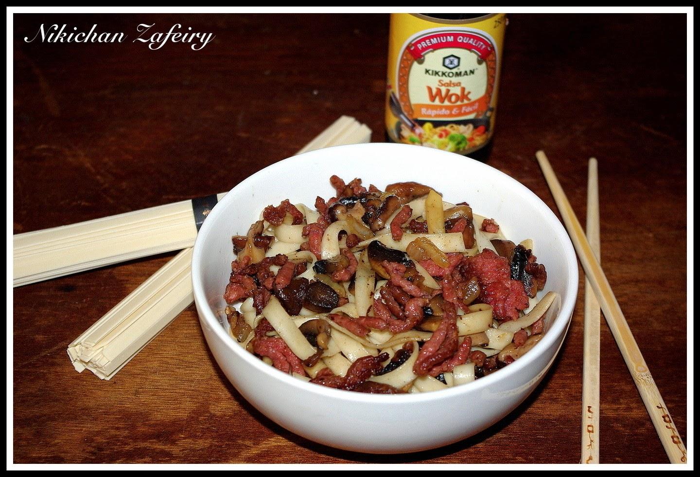 Wok com setas shiitake cocinar en casa es for Cocinar wok en casa