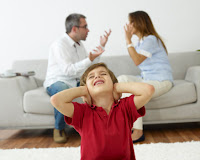 Tips Jika Bertengkar di Depan Anak