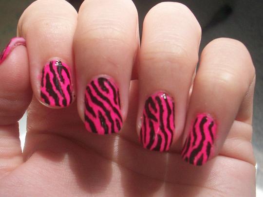 Black white cheetah nail designs
