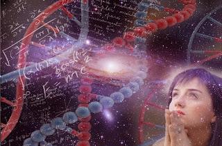 dios y la ciencia chica rezando y adn