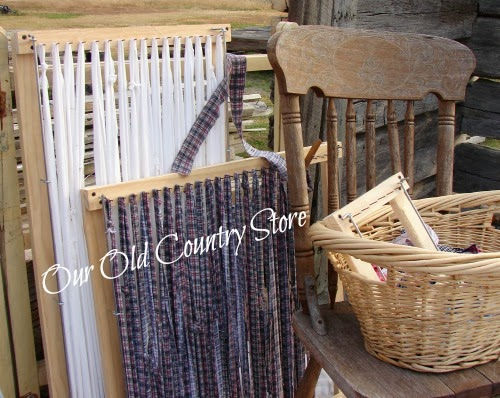 THREE LOOM RAG RUG SET