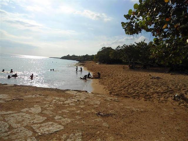Playa Caleton Blanco Campismo+caleton+blanco_santiago+de+cuba_guama+(28)
