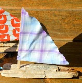 http://translate.googleusercontent.com/translate_c?depth=1&hl=es&rurl=translate.google.es&sl=en&tl=es&u=http://www.redtedart.com/2014/07/30/driftwood-crafts-sail-boats/&usg=ALkJrhgcdVf7KLXTobedwb_i_AcQrYSLSQ