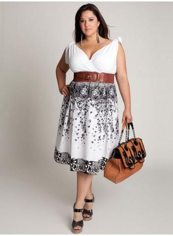 ... accesorios a la moda como esos preciosos bolsos y cinturones de moda
