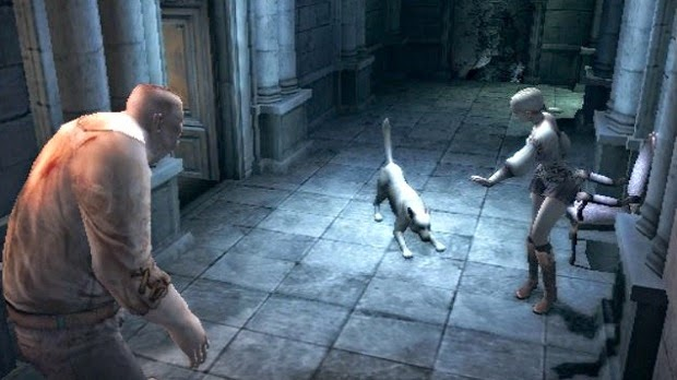 Haunting ground Fiona and Hewie with pursurer