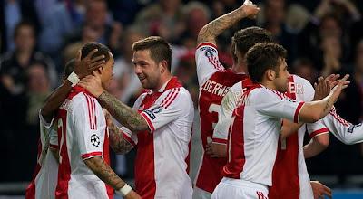 Ajax Amsterdam 4 - 0 Dinamo Zagreb (1)