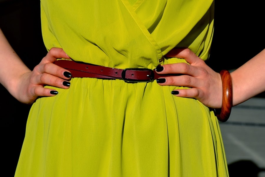 black nails with belt detail
