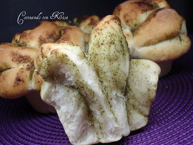 Cocinando con kisa rosas de pan con salsa pesto for Pane con kitchenaid