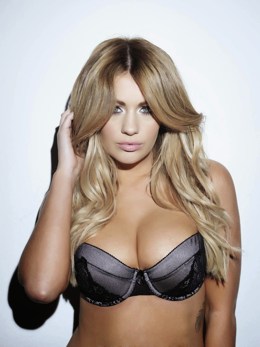 Holly Peers In Lingerie With Her Topless Big Boobs Out On Display Again For Nuts
