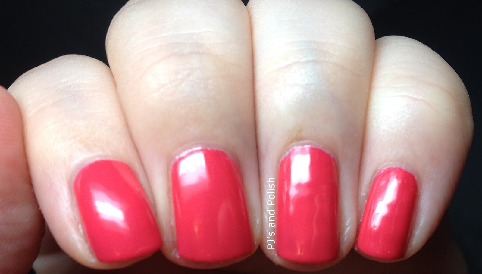 Swatch and Review Zoya Yana Stunning Collection HK Girl