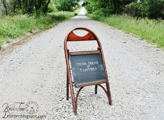 Sidewalk chalkboard from a folding chair! By Knick of Time Interiors featured on I Love That Junk