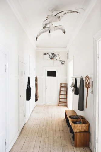 Life as a moodboard scandinavian style hall entrance - Decoration couloir d entree ...
