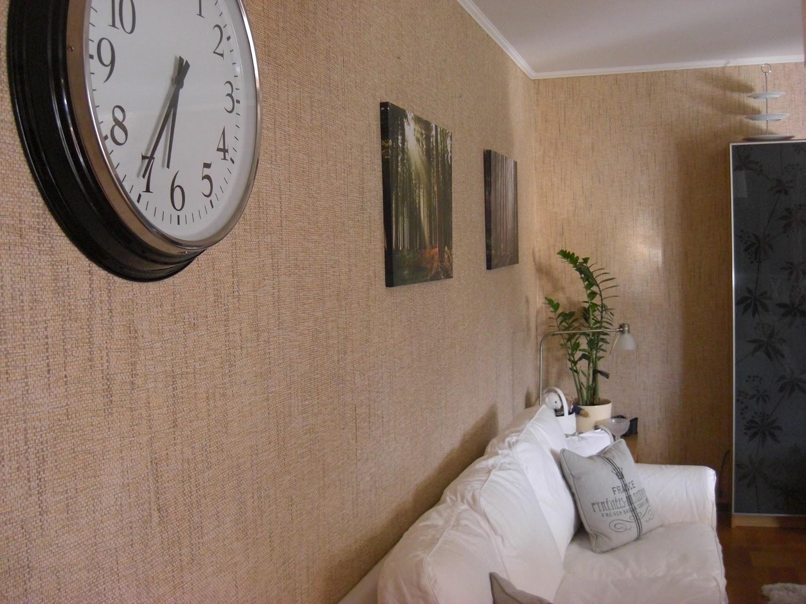 House of the green lady: nya tavlor i vardagsrummet