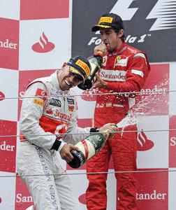 FÓRMULA 1-Victoria para Hamilton y Alonso segundo