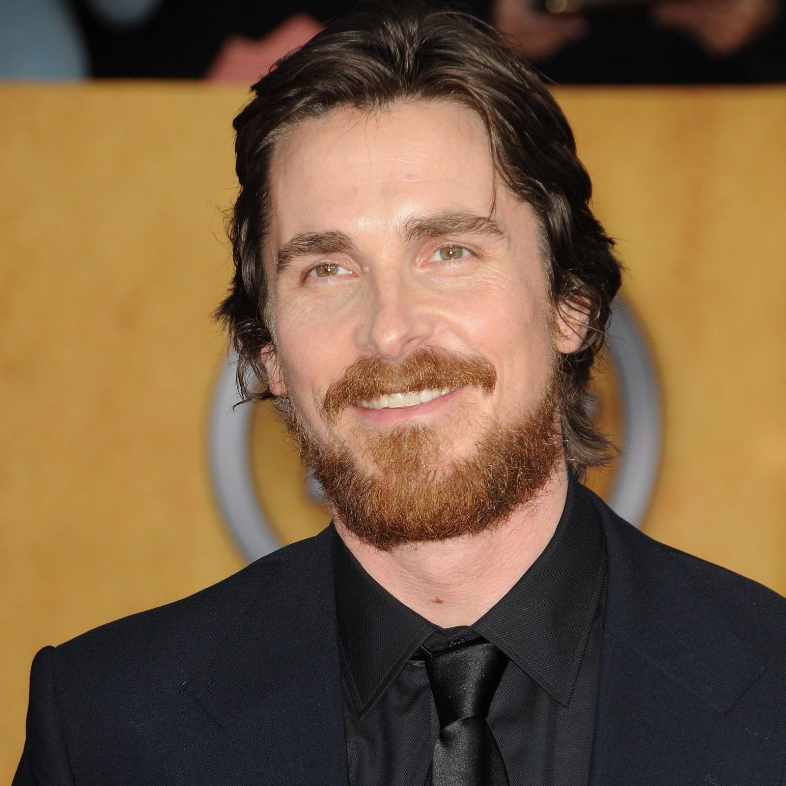 http://1.bp.blogspot.com/-7JgH_P4SYmc/UPxaJtbz5MI/AAAAAAAAA6g/qkWy5Tyahio/s1600/Christian+Bale.jpg