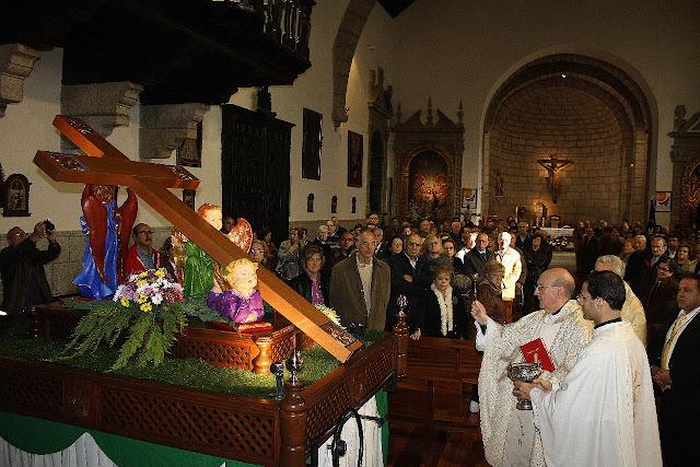 Talla de Julian Mateos durante la presentacion y bendicion