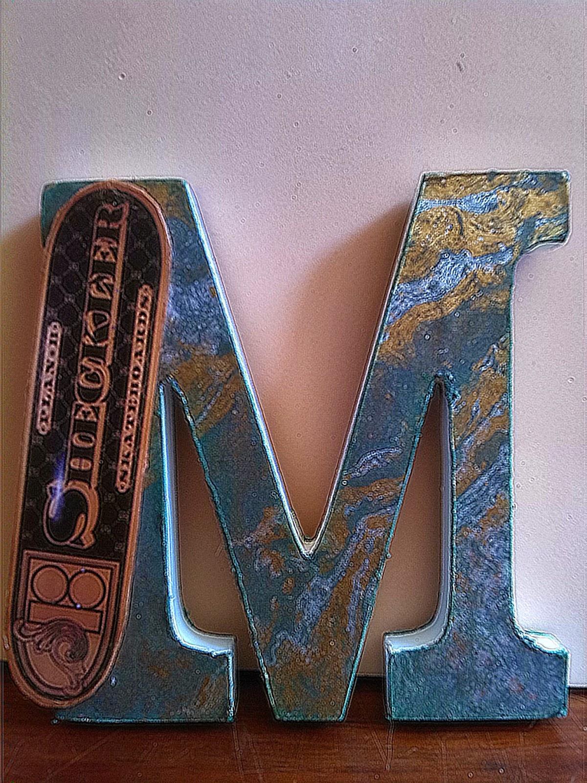 Pequeñas letras adornadas con papel de scrapbook IMG_20140829_105518