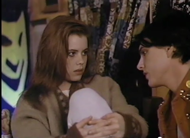 Fairuza Balk In Gas Food Lodging (She Gets 2 Pics Coz She's That Cool)