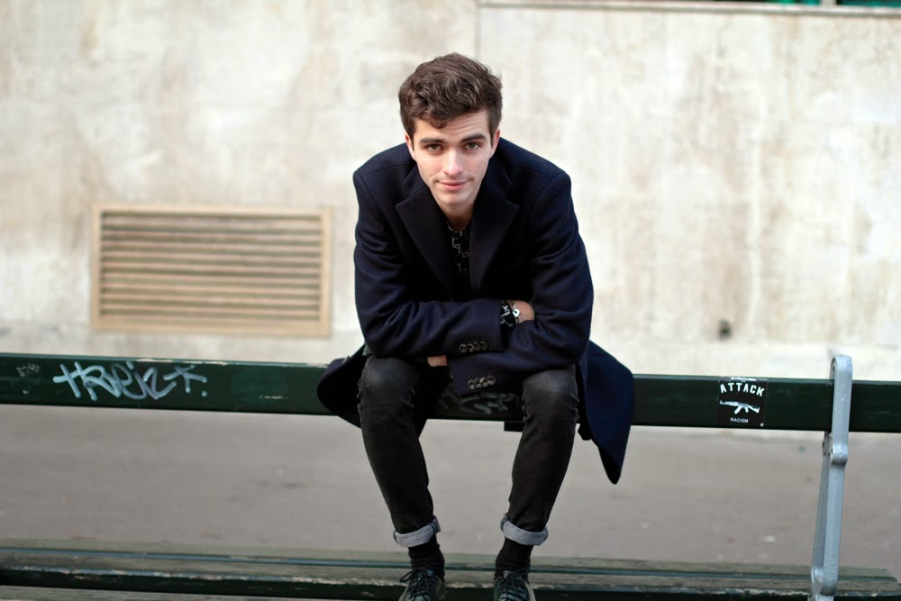 Acne-studios-coat_LoftDesignBy-sweater_black-skinny_Marcopolo-belt_Church's-Shoes_Arthur-Socks_Maison-Fabre-gloves_blog-mode-homme_Paris_Mensfashion