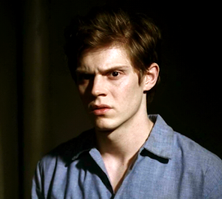 Evan+Peters+as+Kit+Walker+American+Horro