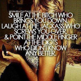 gambar motivasi tentang senyuman