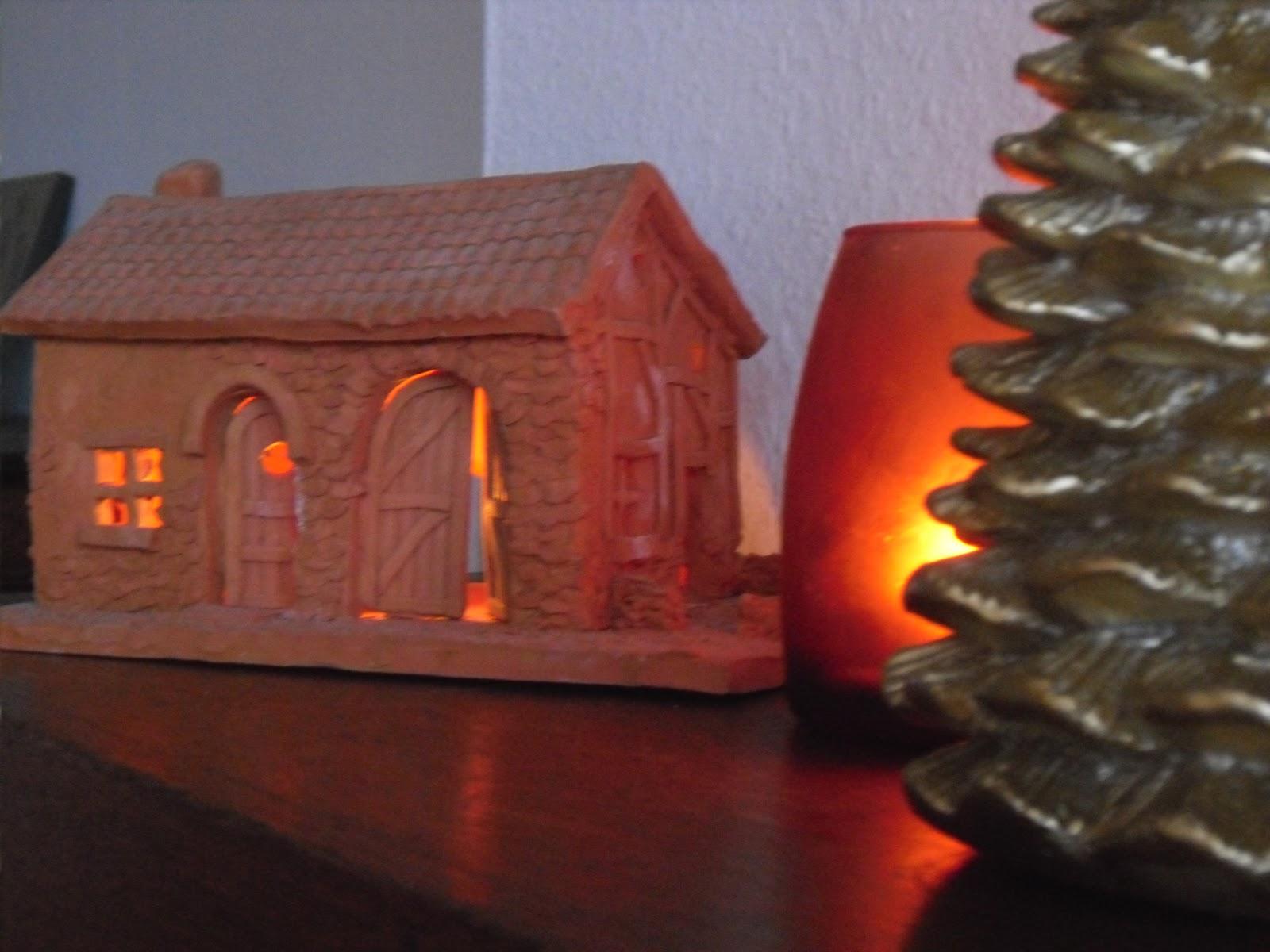 Petite maison en terre cuite images - Maison en terre cuite ...