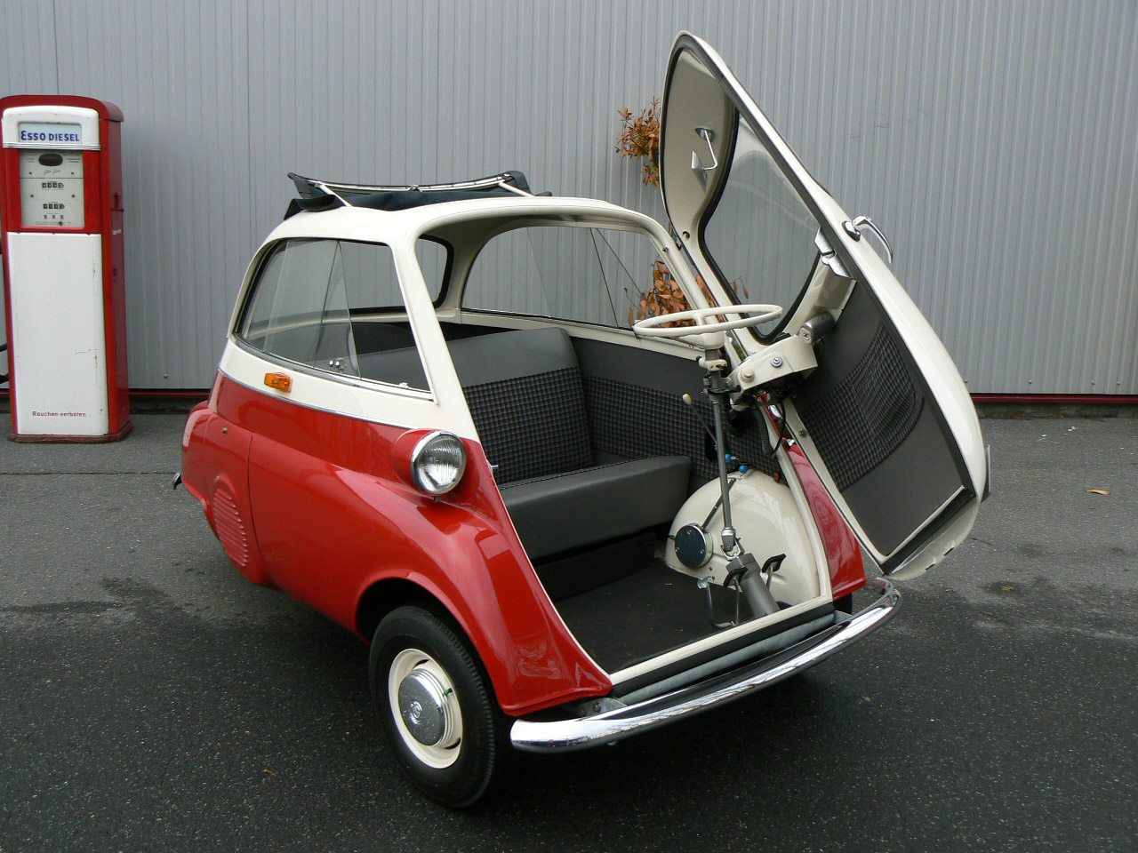 Download image Photo Of Bmw Isetta PC, Android, iPhone and iPad ...
