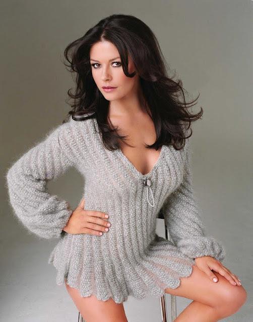 Catherine Zeta Jones  have a perfact  body