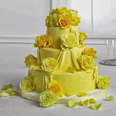 Tarta de limón con flores