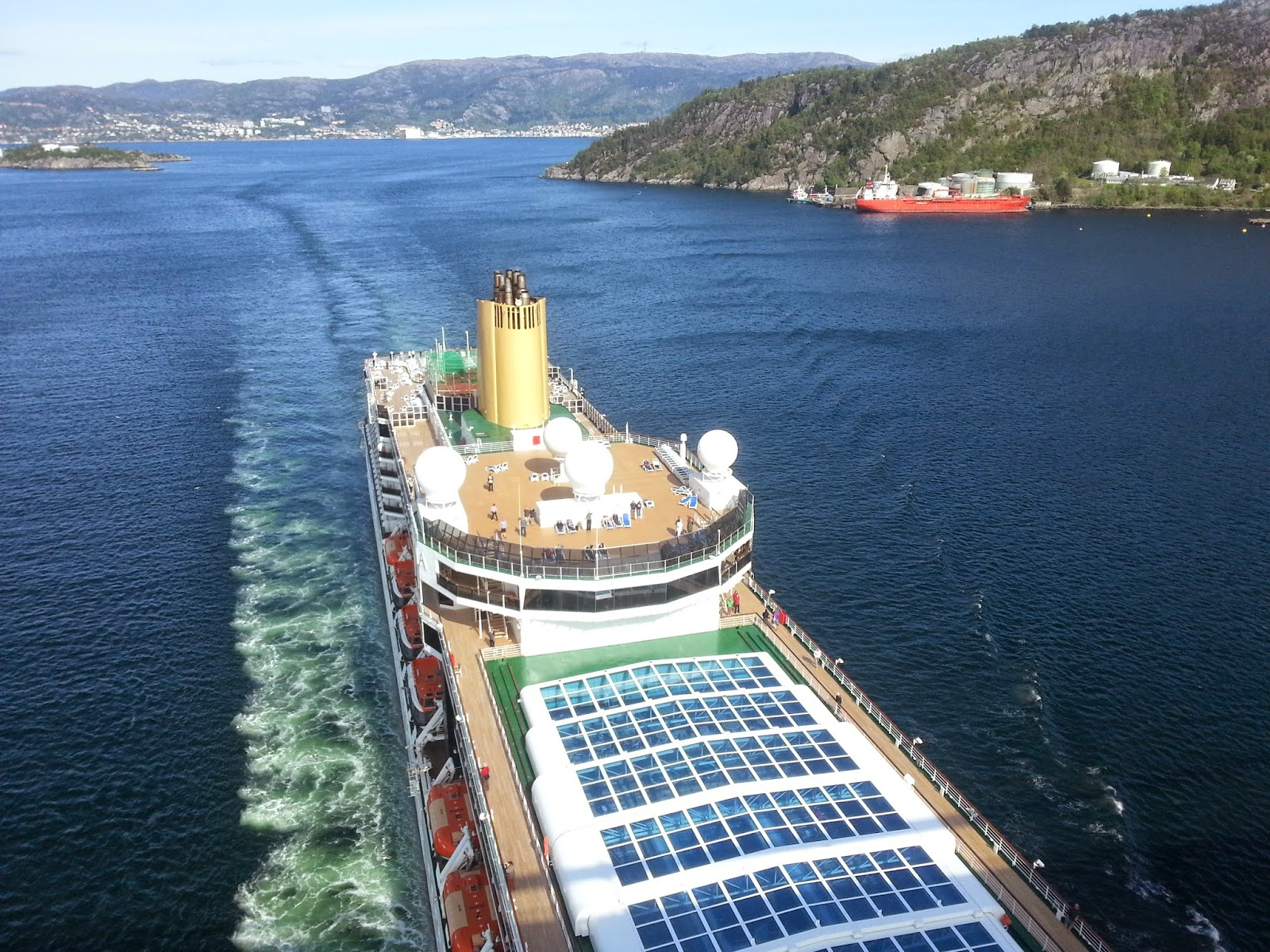 P&O Cruise Ship Arcadia sails under the Askøy bridge in Bergen, Norway