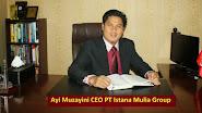 Ayi Muzayini CEO pesantrenBisnis.Com sdg mengecek draf MOU dg Garuda Indonesia