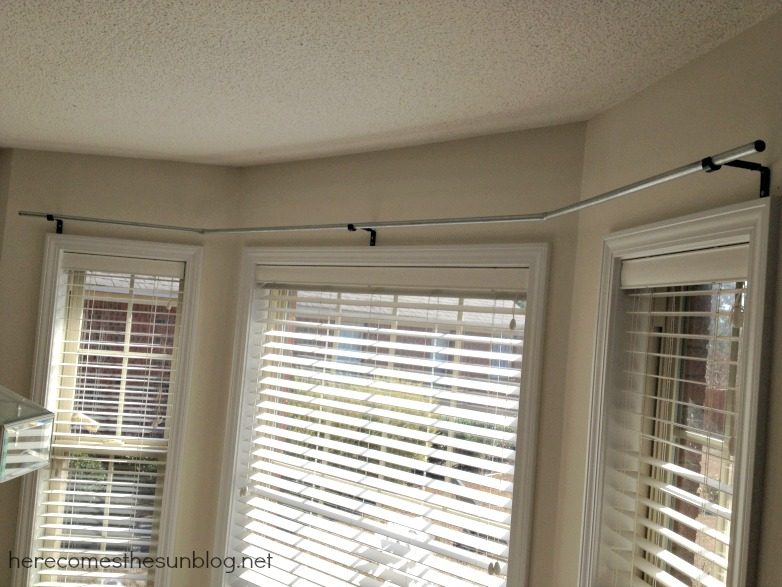 diy bay window curtain rod for less than 10. Black Bedroom Furniture Sets. Home Design Ideas