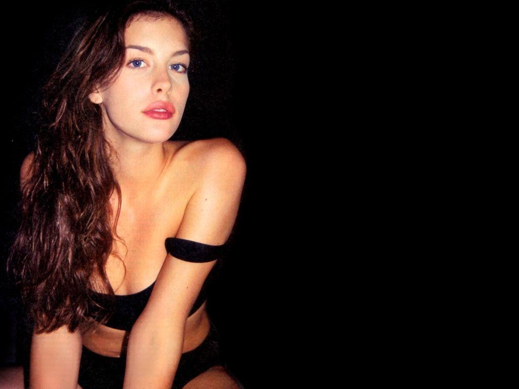 http://1.bp.blogspot.com/-7LJYy2Dad_U/Tc_FU7VcmKI/AAAAAAAAPiI/R7IFWJ8Ljxw/s1600/amer!%20%20ican-actress-model-Liv-Tyler-wallpaper%2B%25285%2529.jpg