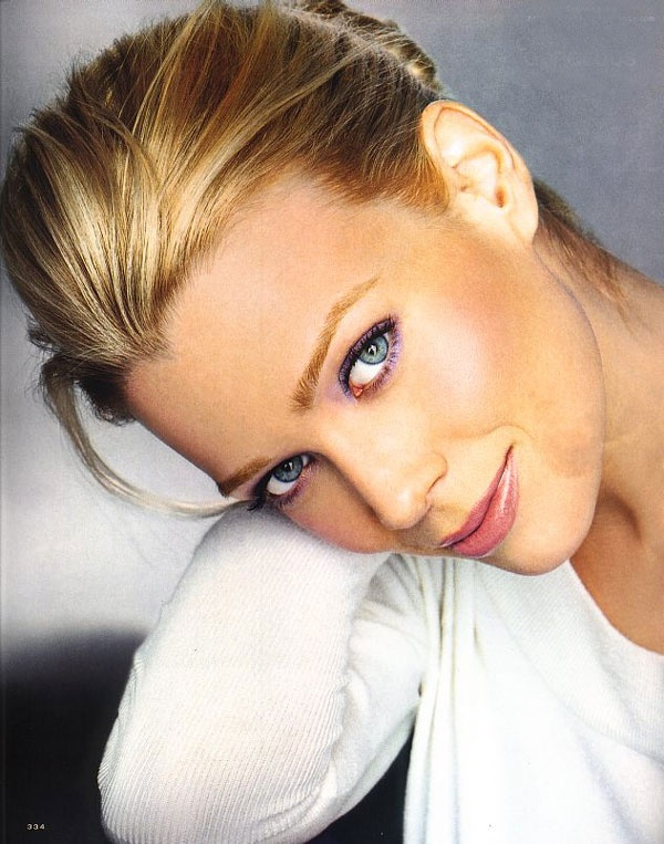 Full Name : Heather Laurie Holden Born : December 17, 1972 (1972-12-17)