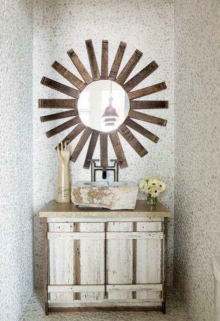 vignette, starburst mirror, o line of design